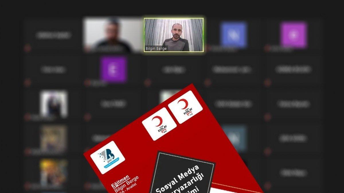 4B Yazılımdan sosyal medya okuryazarlığı eğitimi
