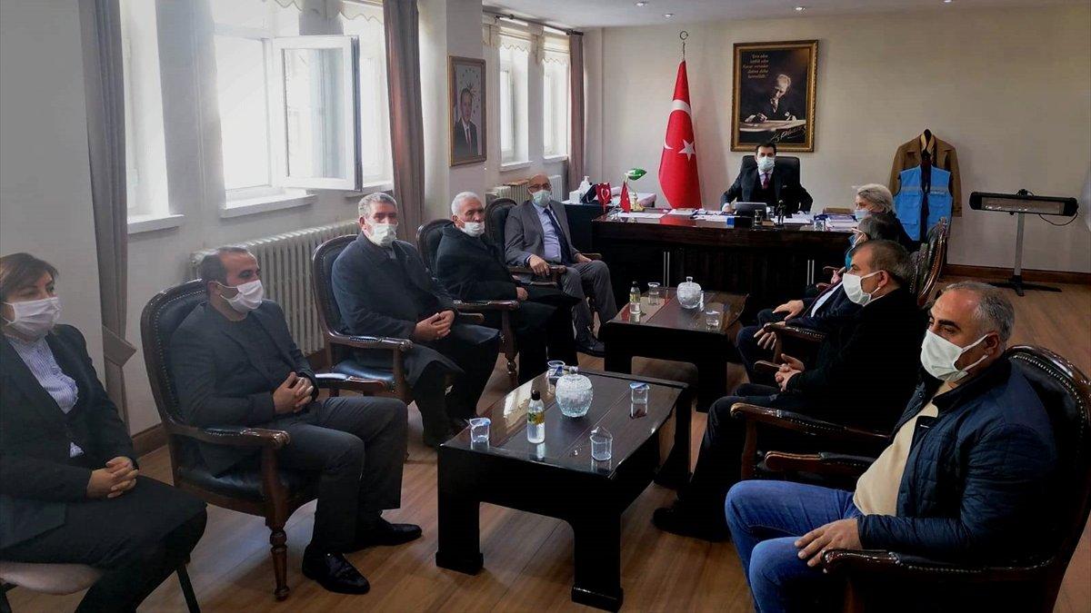 AK Parti Bulanık teşkilatından Kaymakam Mehmet İlidi'ye ziyaret