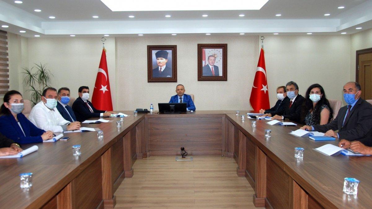 Ardahan'da il istihdam ve mesleki eğitim kurulu toplantısı yapıldı