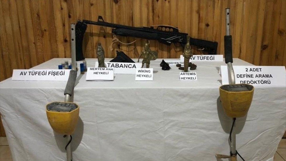 """Ardahan'da """"Meryem Ana"""", """"Artemis"""" ve """"Wiking"""" heykelleri ele geçirildi"""