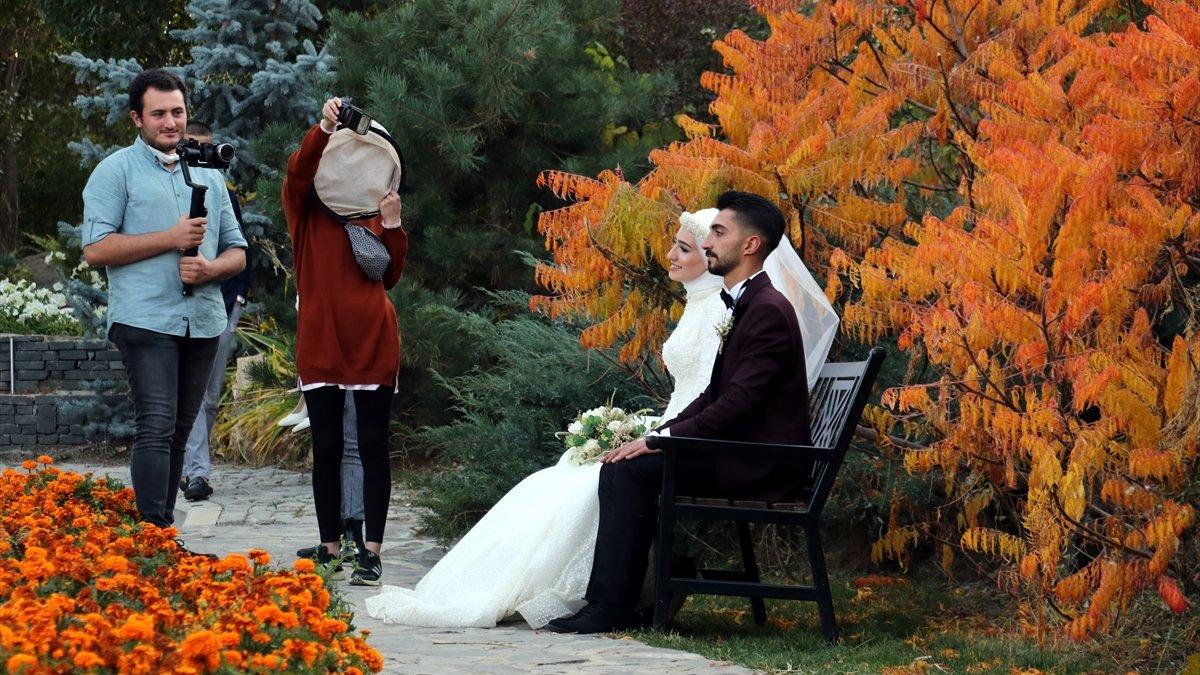 Ata Botanik Park'ın sonbahar renkleri büyülüyor