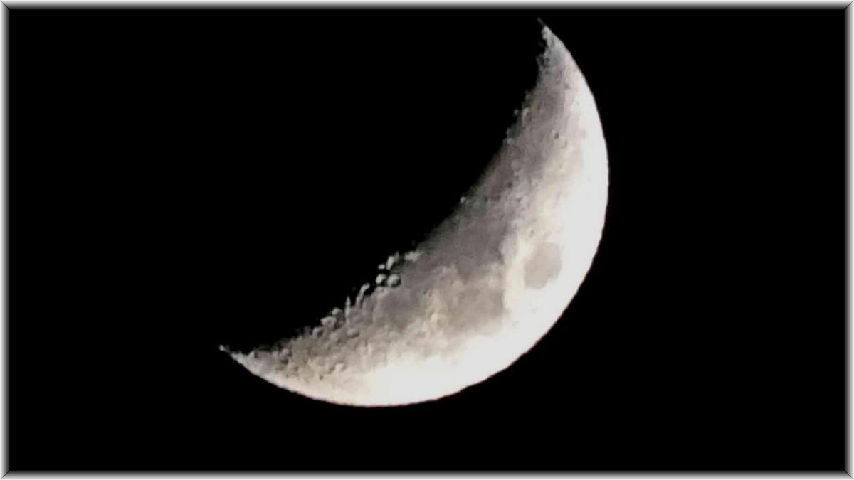 Ay güzelliğiyle büyüledi