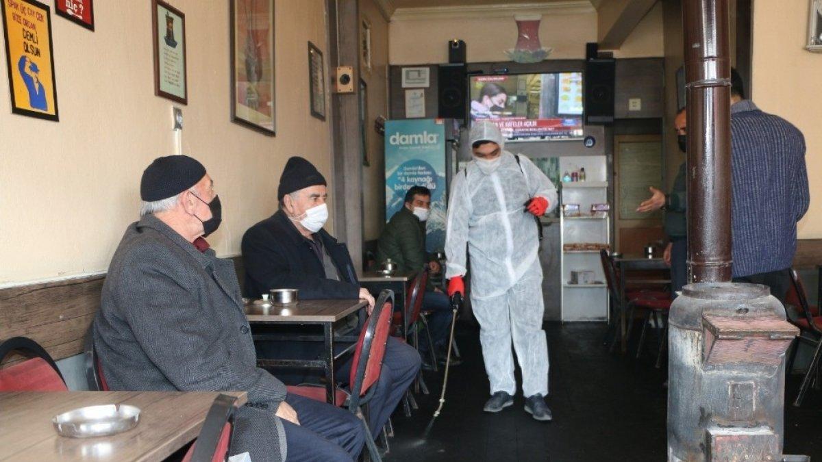 Aziziye'deki kahvehanelere ilk gün sürprizi