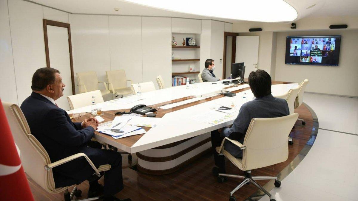 """Başkan Gürkan, """"Telafide ben de varım"""" toplantısına katıldı"""