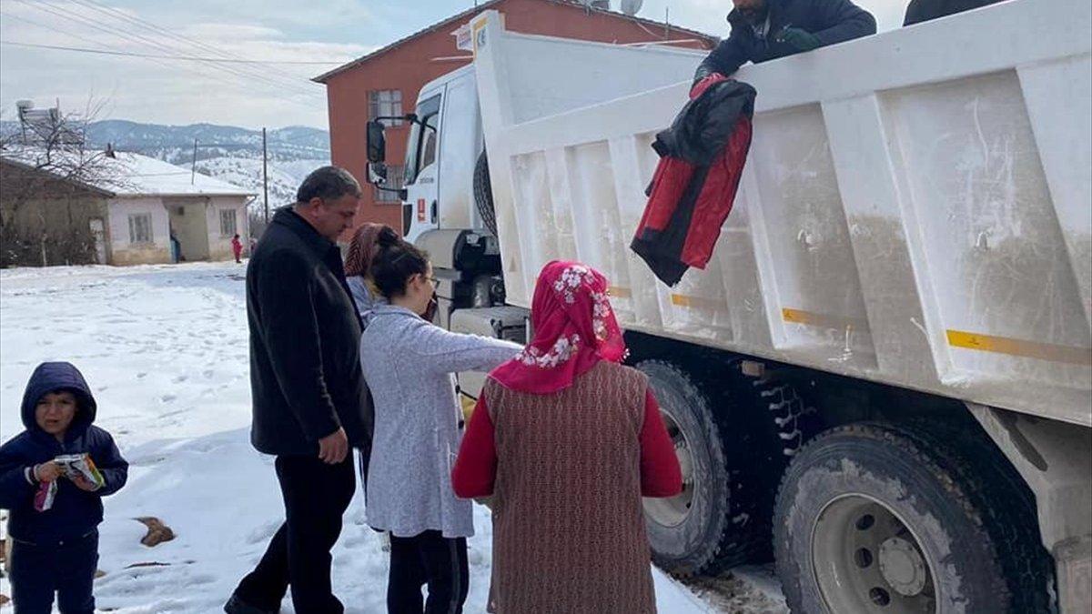 Baskil'de depremzedelere yardım yapıldı