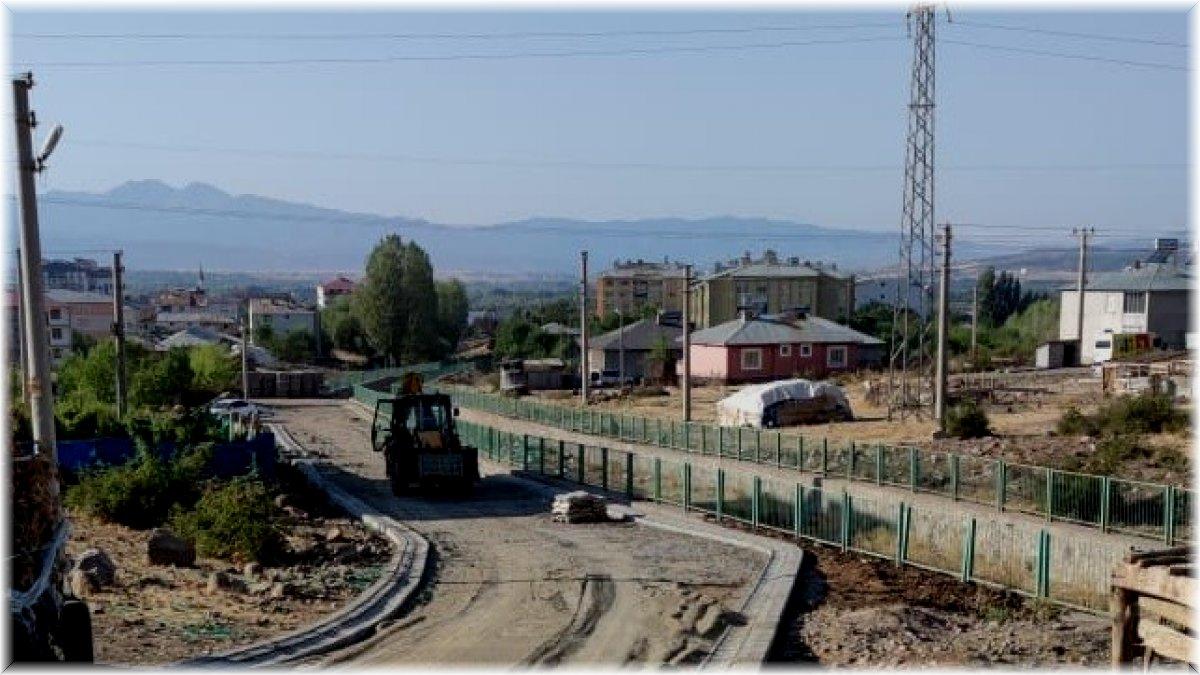 Bingöl Belediyesi üstyapı çalışmalarını sürdürüyor