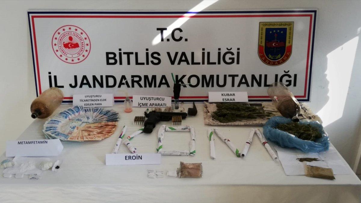 Bitlis merkezli 3 ilde uyuşturucu operasyonunda 9 şüpheli gözaltına alındı