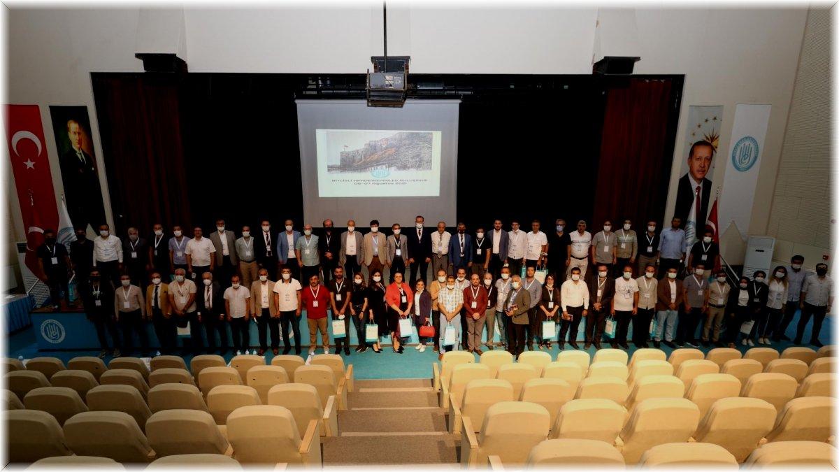 Bitlisli akademisyenler memleketlerinde buluştu
