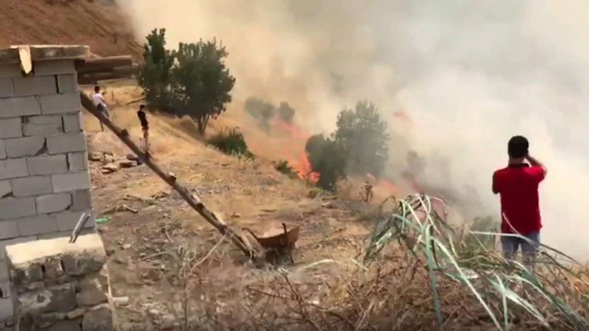 Çukurca'da korkutan yangın