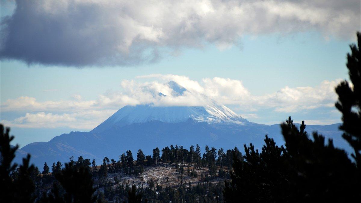 Erzincan ve Erzurum ve Kars'ın yüksek kesimleri karla kaplandı