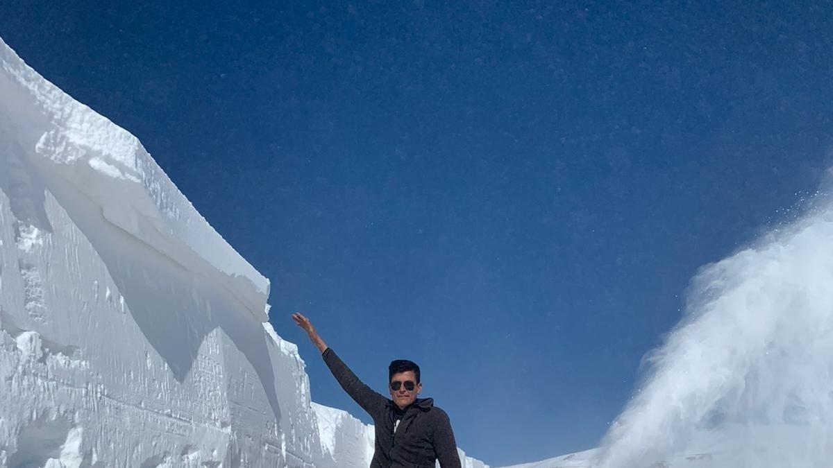 Erzurum'da adam boyu kar