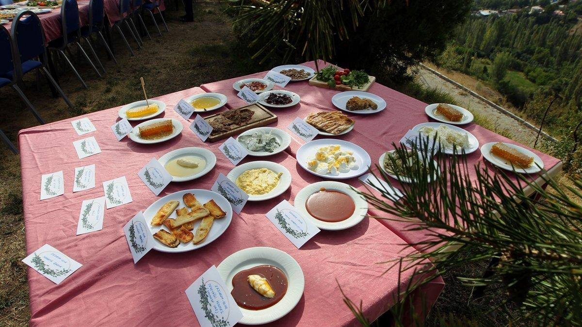 """Erzurum'un Olur ilçesi """"damaklarda tat bırakan yöresel lezzet""""leriyle tanıtım atağında"""