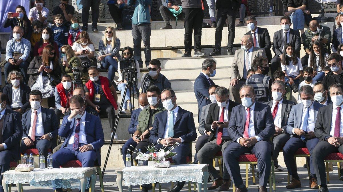 Gençlik ve Spor Bakanı Mehmet Muharrem Kasapoğlu Hakkari'de: