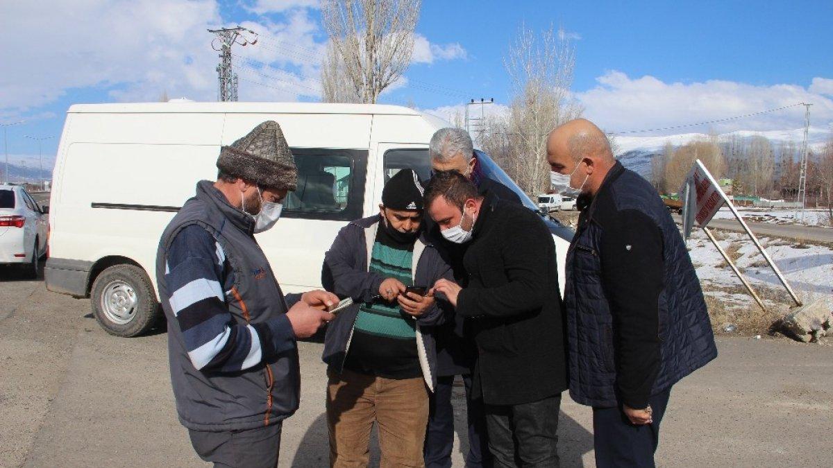Gurbetçiler köy özlemini kamera sistemi ile gideriyor