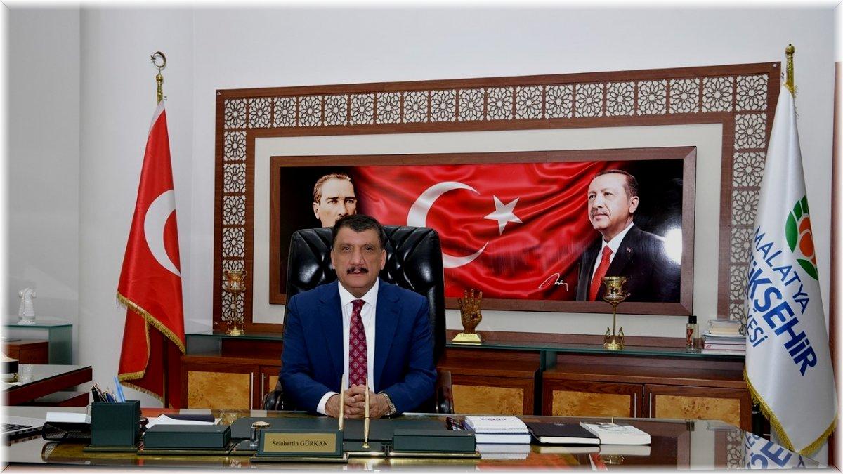 Gürkan'dan 30 Ağustos mesajı