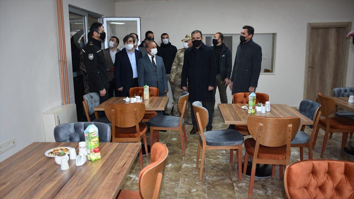 Hakkari Valisi İdris Akbıyık, Kovid-19'la mücadelede çok iyi durumda olduklarını söyledi