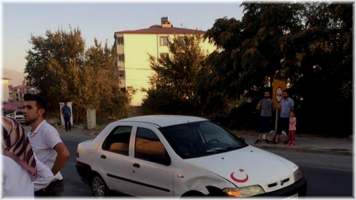 Iğdır'da maddi hasarlı kaza