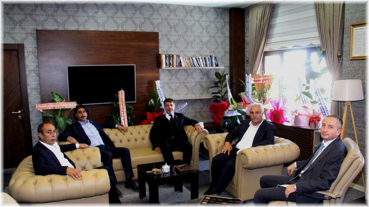İlçe belediye başkanlarından Milli Eğitim Müdürü Kökrek'e 'Hayırlı olsun' ziyareti