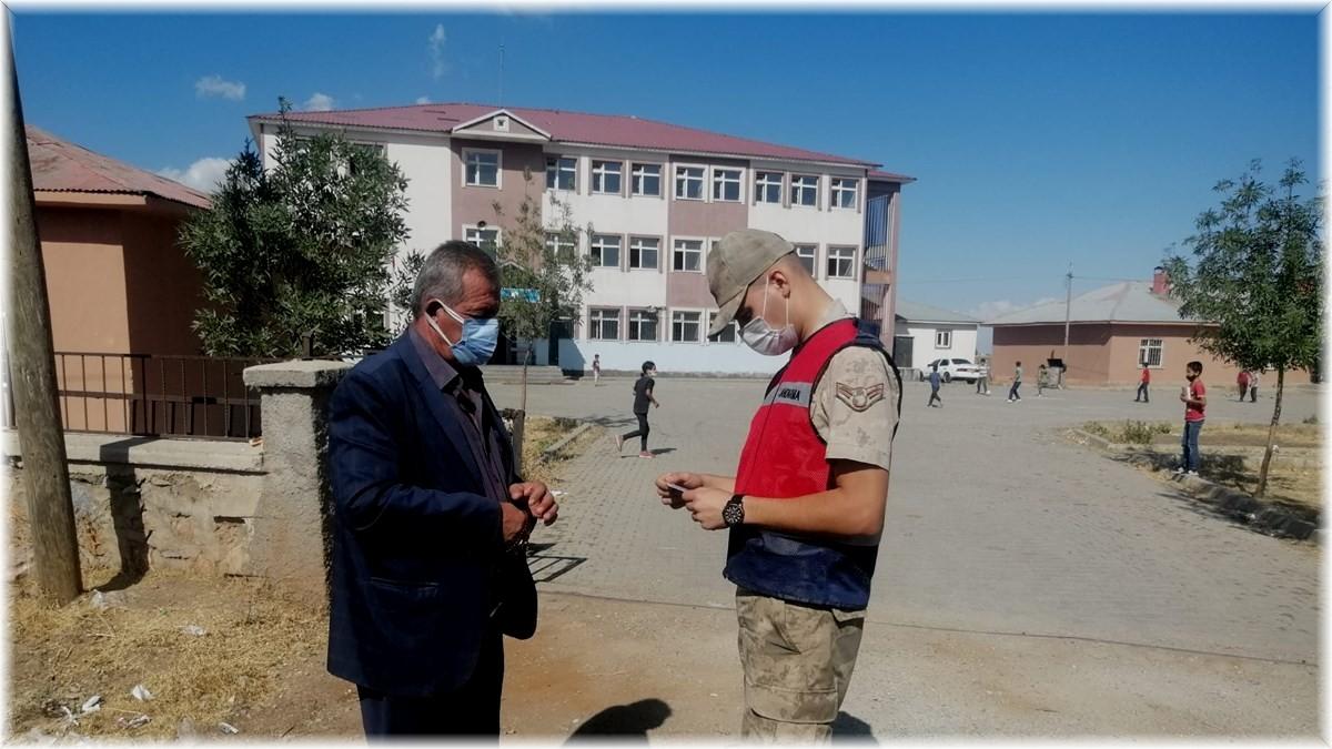 Jandarma'dan 'Huzur, Güven ve Çocuk' uygulaması