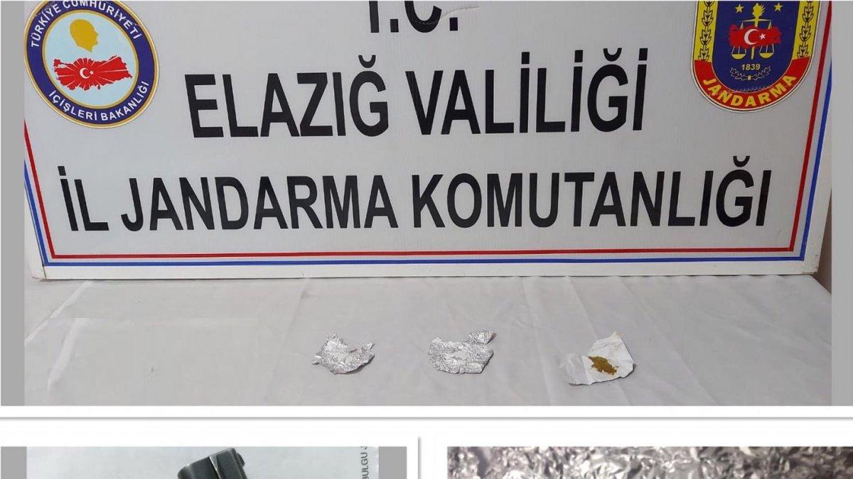 Jandarmadan önleyici tedbir, 3 şüpheli yakalandı, silah ve uyuşturucu ele geçirildi - Elazığ Haberleri
