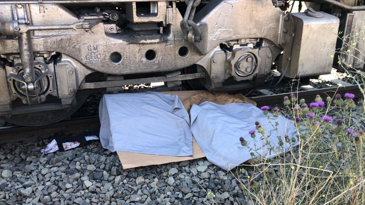 Kars'ta tren altında kalan 1 kişi hayatını kaybetti