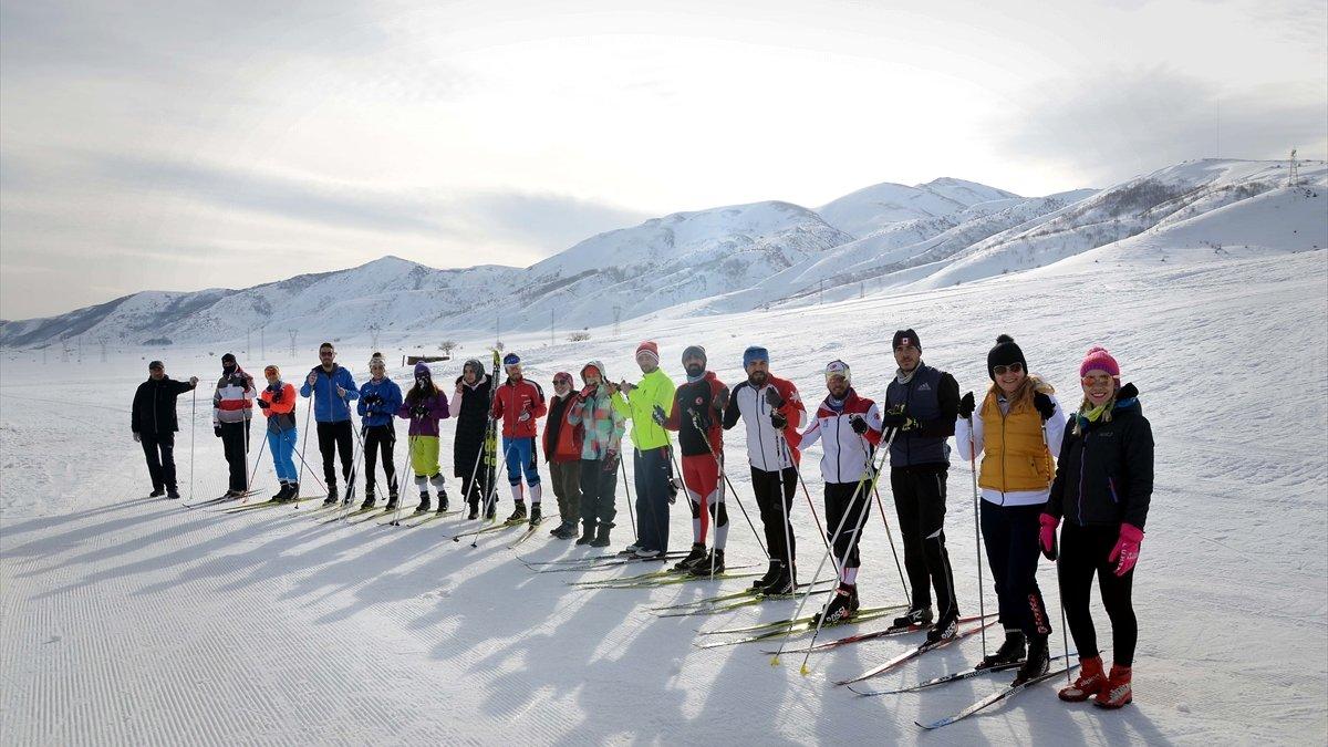 Kayak hakemliği için 24 ilden gelen adaylar Bitlis'te buluştu