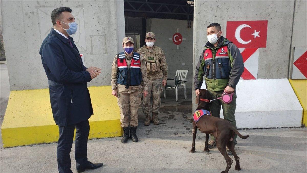 Kaymakam Akbulut, esnaf ve güvenlik güçlerini ziyaret etti