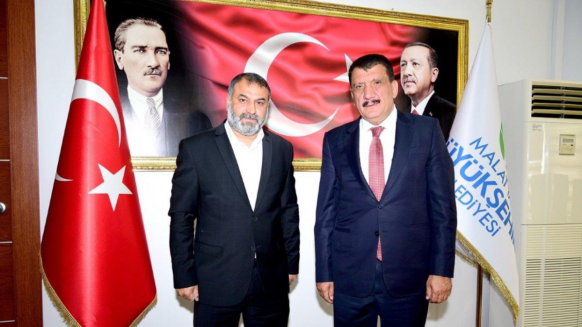 Kaynarca muhtarından Başkan Gürkan'a teşekkür ziyareti