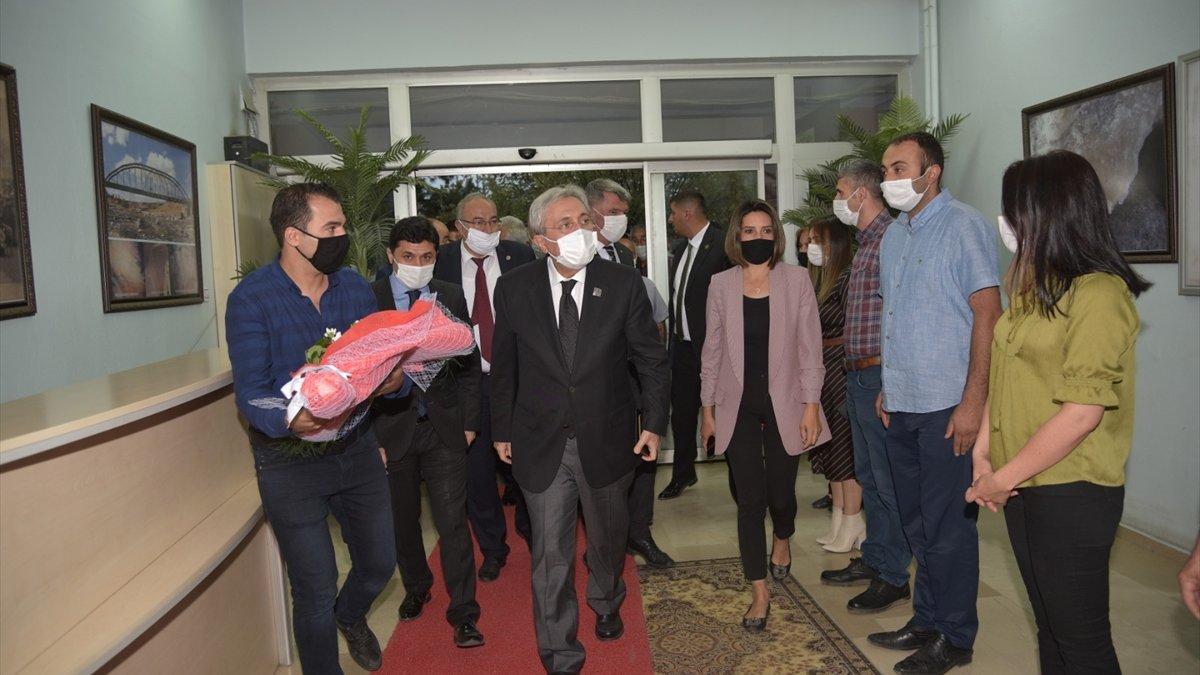 MHP Genel Başkan Yardımcısı Ayhan, Kağızman Belediyesini ziyaret etti