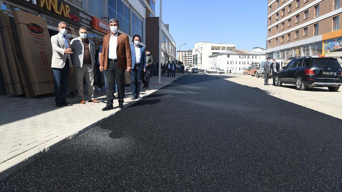 Muş Belediyesinin asfalt çalışmaları devam ediyor