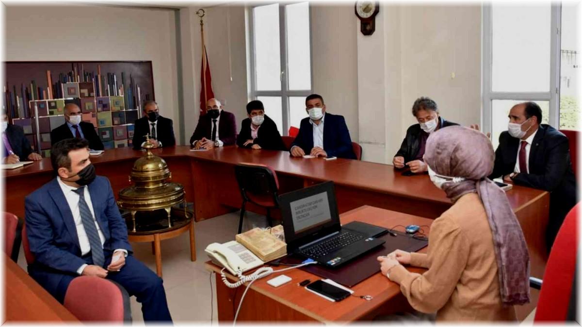 Online Yazar Söyleşileri ile ilgili bilgilendirme toplantısı yapıldı