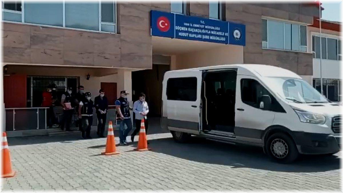 Otelinde kaçak göçmen saklayan 2 otel sahibi ile yabancı uyruklu organizatör tutuklandı