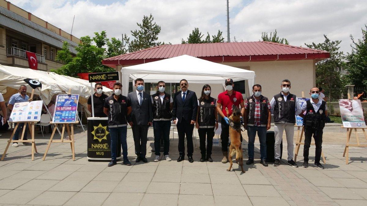 Polisten uyuşturucu ve organize suçlara karşı mücadele çalışması - Muş Haberleri