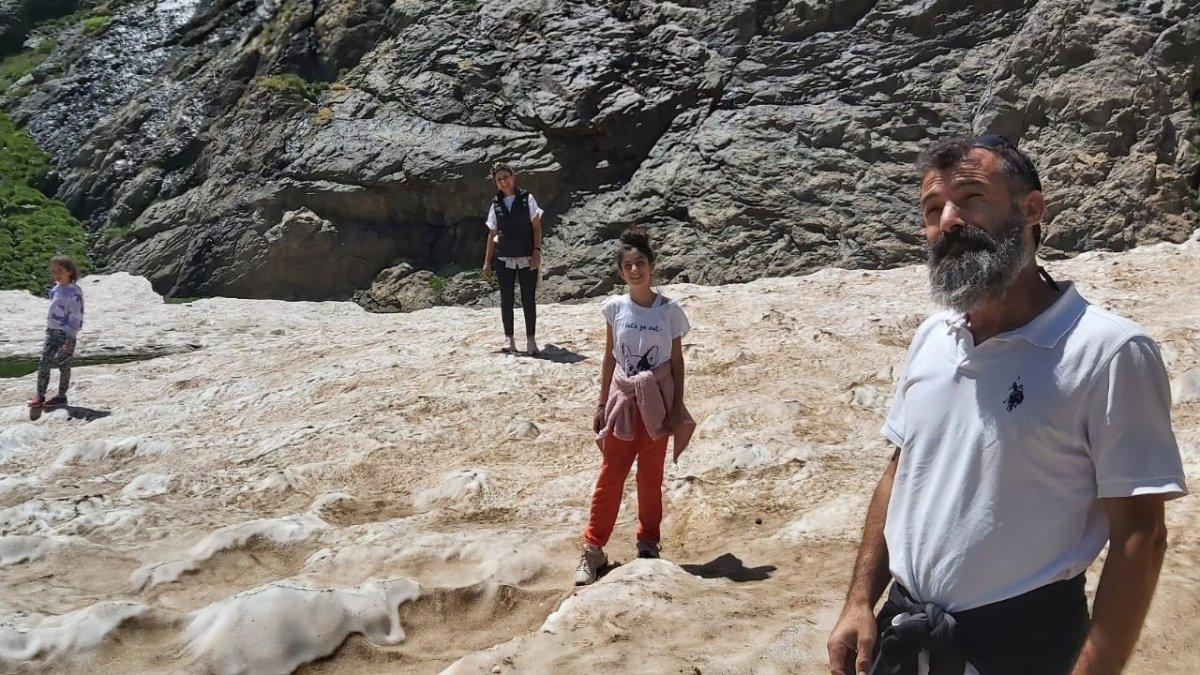 Sat Buzulları için Türkiye'nin bir ucundan Yüksekova'ya geldiler
