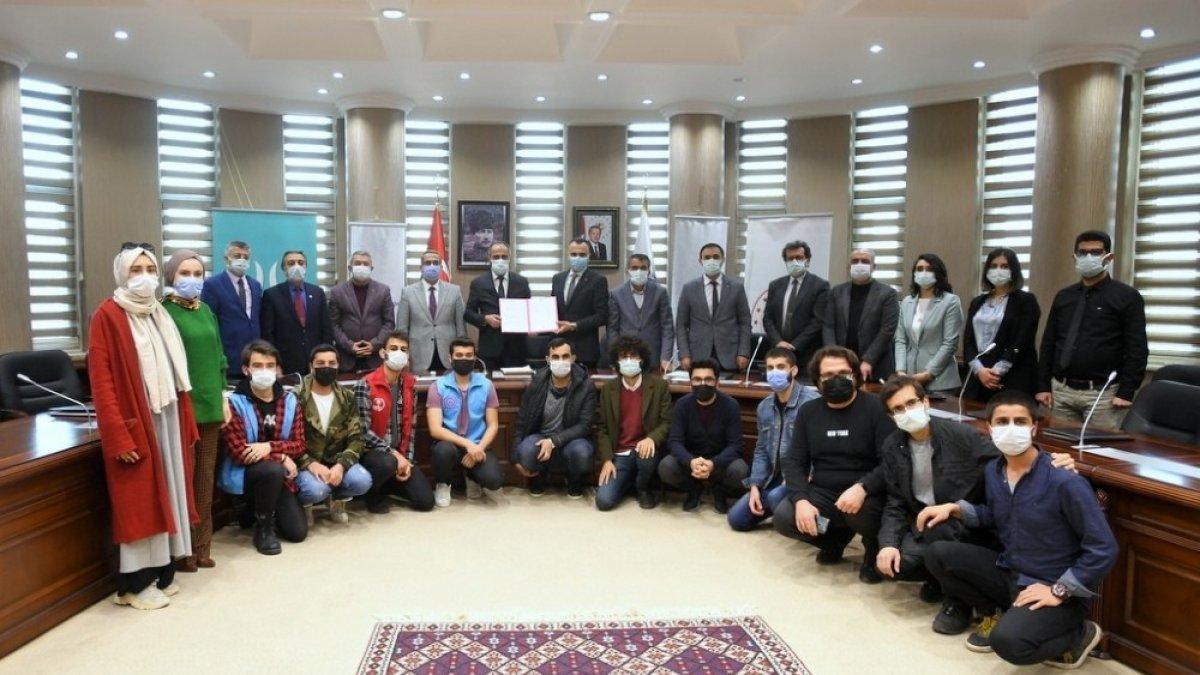 Van YYÜ'de 'Girişimcilik ve İş Fikri Yarışması İşbirliği Protokolü' imzalandı