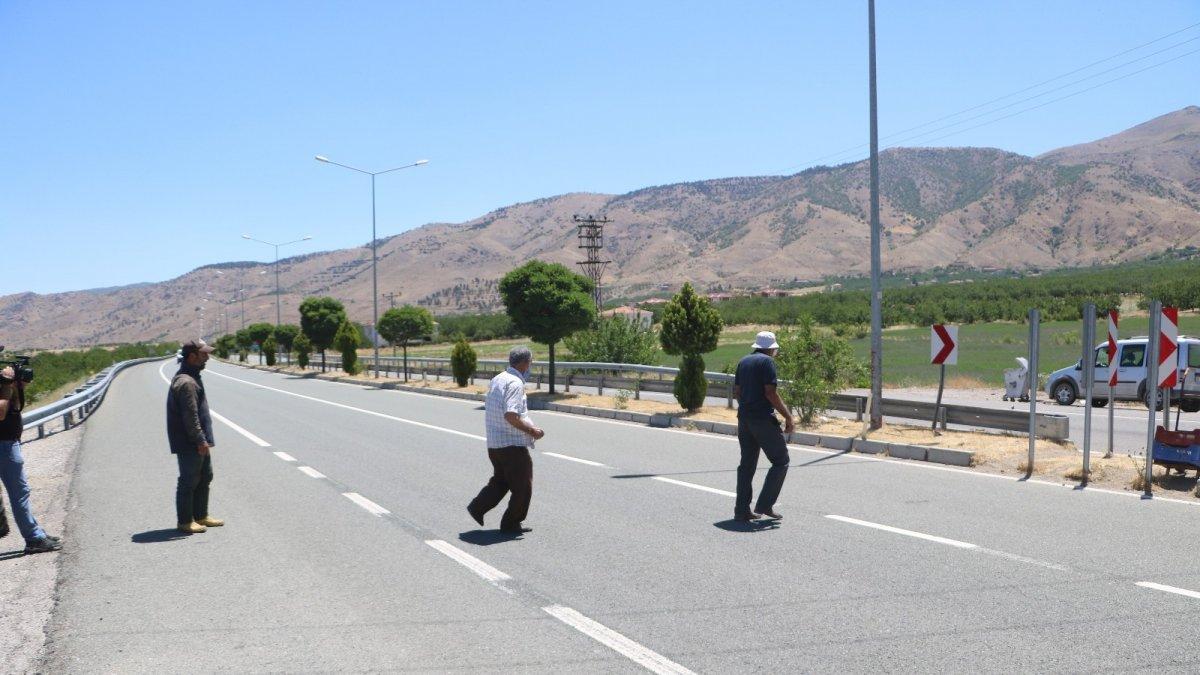 Yolun karşısına geçmek için ölümü göze alan vatandaşlar çözüm bekliyor