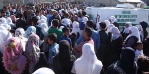 Diyadin'de ki selde hayatını kaybedenler toprağa verildi