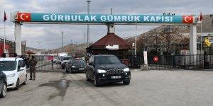 Ticaret Bakanı Ruhsar Pekcan, Gürbulak Sınır Kapısı'nda incelemelerde bulundu