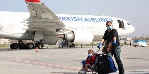 Umman'dan getirilen 249 Türk vatandaşı Van'da yurda yerleştirildi