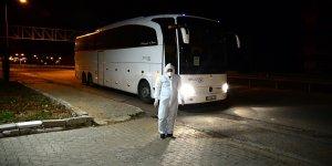 Almanya'dan getirilen 187 Türk vatandaşı Bitlis'te yurda yerleştirildi