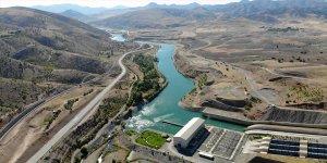 Karasu Nehri'nden ekonomiye 'enerji' akıyor