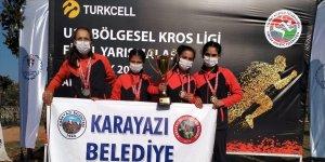Karayazılı gençlerin atletizm başarası