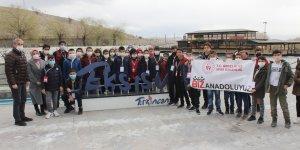 Elazığ ve Tuncelili gençler Erzincan'ı gezdi