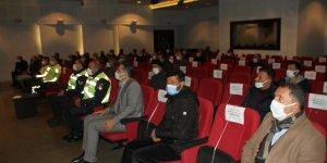 Servis şoförleriyle 'pandemi' toplantısı