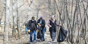 Tunceli'deki Munzur Milli Parkı ve Pülümür Vadisi'nde çevre temizliği yapıldı