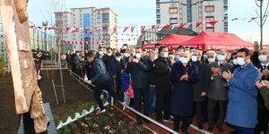Mehmet Akif Ersoy Parkı Ve Anıtı Keçiören Sancaktepe'de açıldı