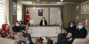 Hizan'daki basın mensuplari Kaymakam Yelek'i ziyaret etti