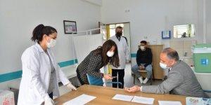 Elazığ'da öğretmenlere Covid-19 aşısı