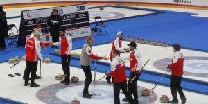 Türkiye Curling de şampiyonluğa koşuyor