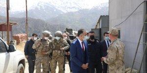 Bitlis Valisi Çağatay'dan güvenlik güçlerine moral ziyareti